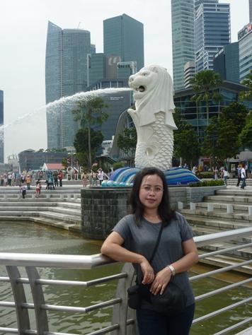Merlion, ikon pariwisata Singapura tahun 1964, yang lantas terkenal ke seluruh dunia..